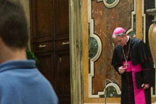 """El Papa pide perdón por los abusos sexuales a menores y asegura que la Iglesia """"no dará un paso atrás"""""""