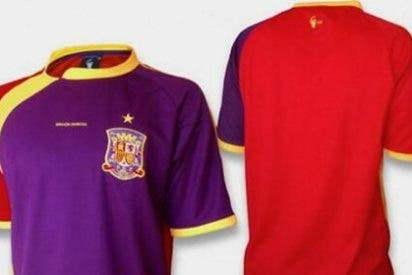 Nacho Escolar ofrece suscripciones a cambio de camisetas de la Selección republicanas