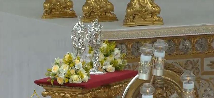 """Francisco : """"San Juan XXIII y San Juan Pablo II no se avergonzaron de la carne de Cristo ni del hermano"""""""