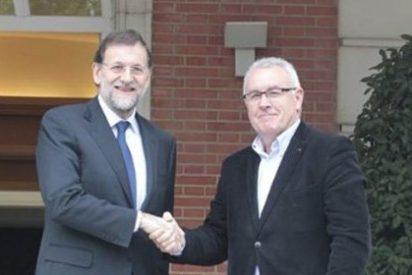 "Cayo Lara, a Rajoy: ""Si nos avisa antes, traíamos pompones para felicitar a Cañete"""