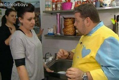 """La cocina más ordinaria enferma a Chicote: """"¿Me comes el mejillón?"""""""