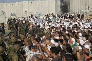 Israel impide a los cristianos de Tierra Santa celebrar la Pasión en los santos lugares