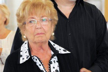 """La viuda de Manolo Escobar: """"A las dos horas de su muerte tuve que pedir dinero"""""""