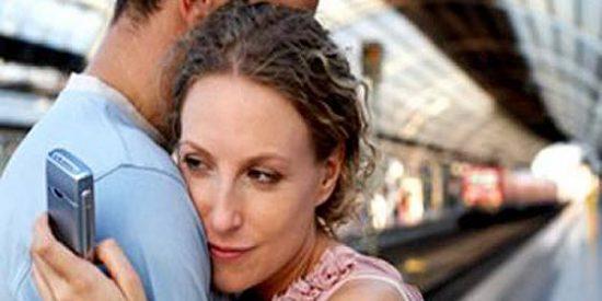 Las señales de que su pareja le pone los cuernos...y sus razones