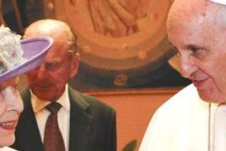 Isabel II y Francisco evitan el conflicto de las Malvinas en su breve encuentro privado