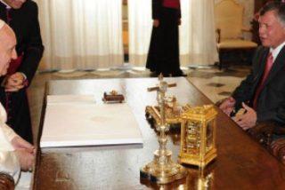 Francisco y el rey de Jordania acuerdan trabajar por mejorar la coexistencia entre musulmanes y cristianos