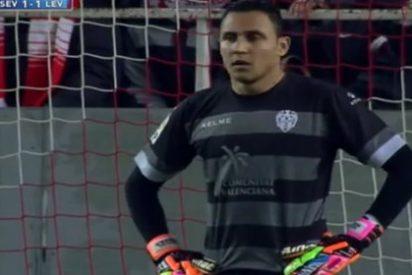 Keylor Navas se deja querer por el Barça
