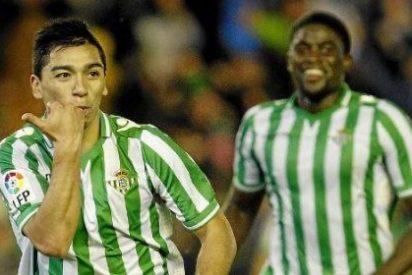 Lolo Reyes tiene difícil quedarse en el Betis