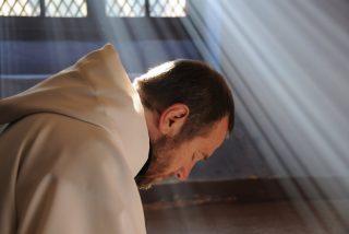¿Existen diferencias entre los cerebros de creyentes y ateos?