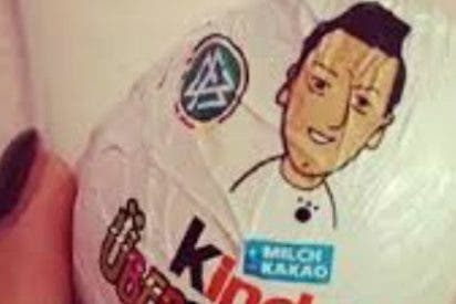 Özil será imagen de los...¡Huevos Kinder!