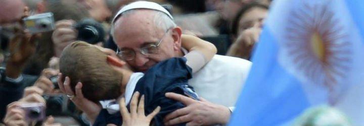 """Francisco: """"La verdad histórica puede ayudar a discernir lo que el Espíritu Santo quiere decir a la Iglesia de hoy"""""""