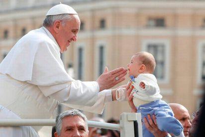 """Francisco asegura que """"el aborto y el infanticidio son crímenes abominables"""""""