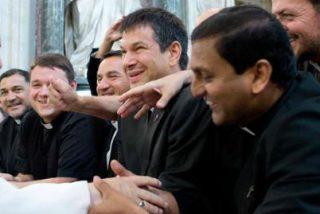 """El Papa a los seminaristas: """"Si no tenéis vocación auténtica, buscad otro camino"""""""