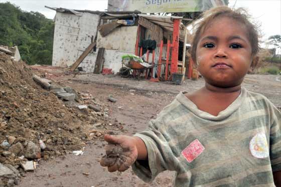 """Sanidad responde a 'Save The Children': """"Acabar con la pobreza infantil es prioridad del Gobierno"""""""