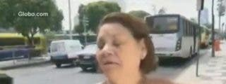 [Vídeo] ¿Mejor prueba? La asaltan mientras es entrevistada sobre inseguridad ciudadana