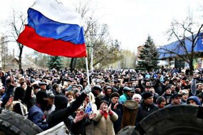 Los rusos ucranianos se apoderan de la ciudad oriental de Slaviansk