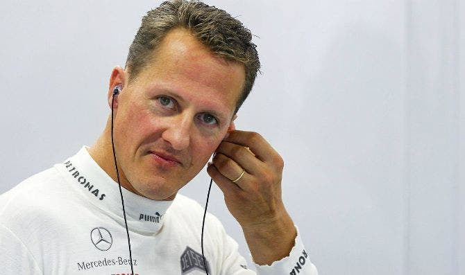 Schumacher despierta y reconoce a su mujer
