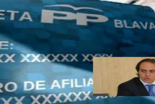 ¿No está afiliado al PP balear y es pobre? Aún puede fardar de tarjeta...no es azul, pero le darán las sobras