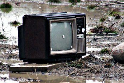 A-3 y T-5, los magnates de la TV en España, la emprenden contra el Gobierno Rajoy por cumplir la ley