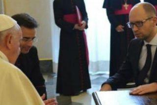 """Francisco se compromete a hacer """"todo lo posible"""" por alcanzar la paz en Ucrania"""