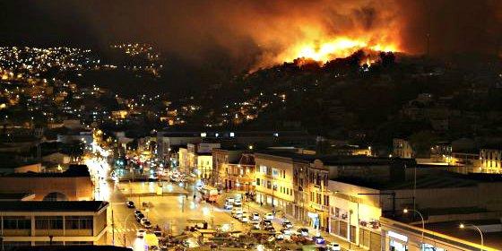 La presidenta Bachelet decreta el estado de excepción y zona de catástrofe en Valparaíso