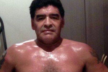 Maradona nos enseña su nuevo cuerpo mientras mantiene los kilos a raya