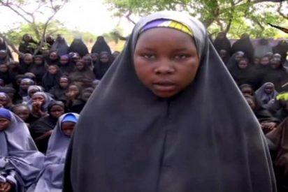 """El vídeo de las niñas en poder de Boko Haram: """"¿Sabéis cómo las hemos liberado? ¡Convirtiéndolas al Islam!"""""""