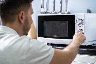 Las 14 cosas que puedes hacer con el microondas y de las que no tenías ni idea