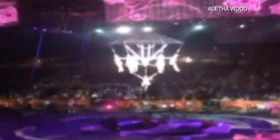 El vídeo de la fatal caída de 9 acróbatas en un circo ante el espanto del público
