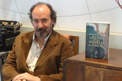 """Alfonso Mateo-Sagasta: """"La gente no debe creer que aprende historia leyendo novelas históricas"""""""