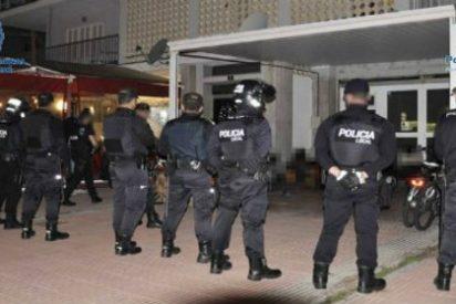 Los nigerianos lo tienen crudo en Playa de Palma: la Policía les pisa los talones