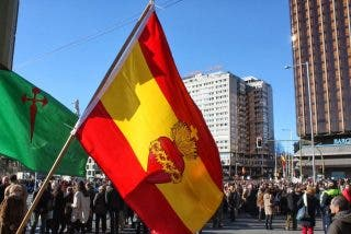 Baja el número de españoles que se declaran católicos