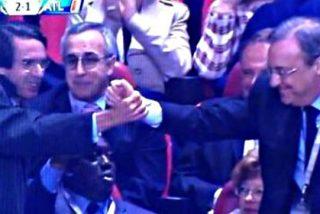 Florentino Pérez y Aznar celebran juntos llenos de júbilo el gol de Gareth Bale