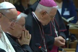 """""""Los defectos y el escándalo de la división manchan el rostro de la Iglesia. Nada justifica la división"""""""