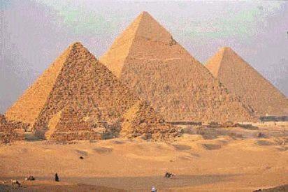 El secreto de los egipcios para construir las pirámides más fácilmente...¡era solo un truco barato!