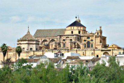 PSOE e IU meten a la Iglesia en la Ley de Transparencia andaluza y excluyen a los altos cargos