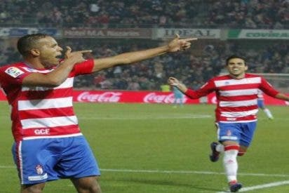 El Benfica sigue a El Arabi