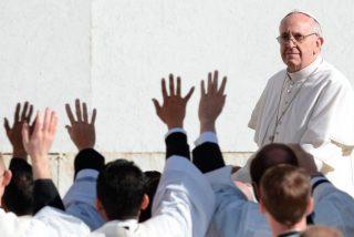 """Francisco, a los seminaristas: """"El Pueblo de Dios no perdona a los sacerdotes vanidosos"""""""