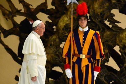 30 reclutas de la Guardia Suiza juran fidelidad al Papa