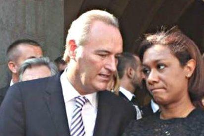 Alberto Fabra se convierte en rehén de Compromís al regalarle la cabeza de Lola Johnson