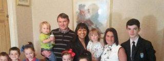 La mujer con la familia más numerosa de Gran Bretaña espera...¡su decimoséptimo hijo!