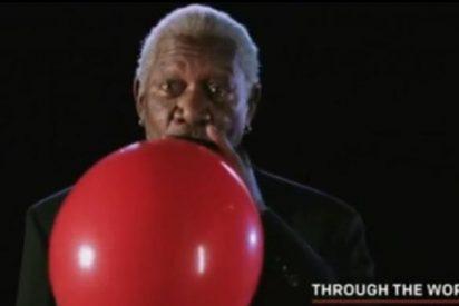 ¿Quieres oír a Morgan Freeman tras pegarse un impresionante 'chute' de helio?