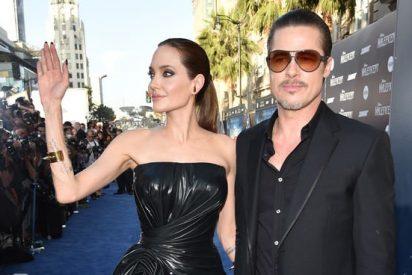 [Vídeo] Un 'follonero' ucraniano le da un sopapo a Brad Pitt en la premiere de 'Maléfica'
