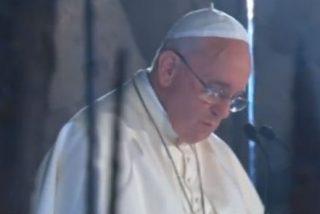 """El Papa pide disculpas, en nombre de la Humanidad, por la """"monstruosidad"""" del Holocausto"""
