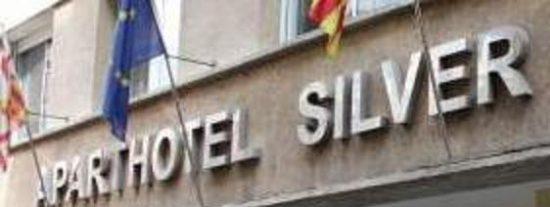 Muere de un ataque de ansiedad al enfrentarse a unos atracadores en un aparthotel de Barcelona