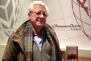Martínez Reverte (El País) pide perdón al PP por tener miedo al nacional catolicismo y no a Podemos
