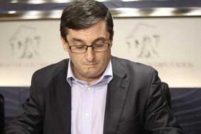"""La Dirección Federal de IU anima a """"estudiar"""" la moción de censura en Extremadura"""