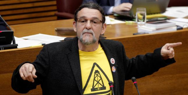 Un diputado de Compromís 'borracho' se salta un semáforo en rojo en Valencia