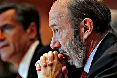 """Editorial de 'El País': """"PSOE o empezar la casa por el tejado"""""""