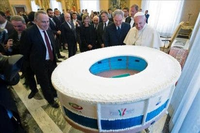 """Bergoglio recuerda a los futbolistas su """"responsabilidad social"""""""